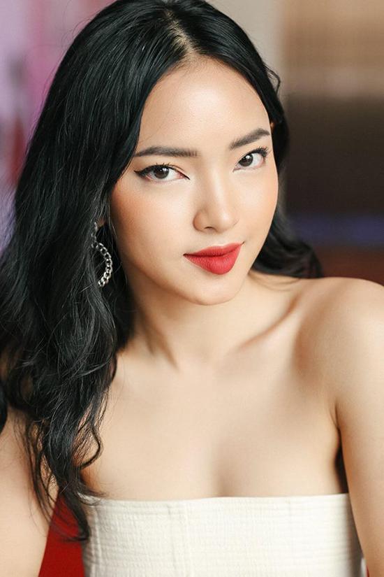 2-hot-girl-duoc-binh-chon-nhieu-nhat-the-face-giong-nhau-nhu-chi-em-1