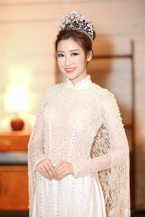 my-linh-gay-thuong-nho-voi-ao-dai-dinh-ngoc-trai-cau-ky-1