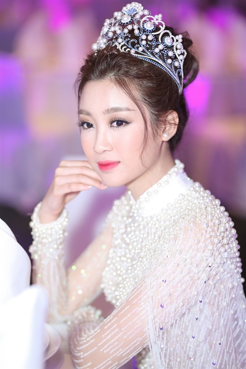 my-linh-gay-thuong-nho-voi-ao-dai-dinh-ngoc-trai-cau-ky-4