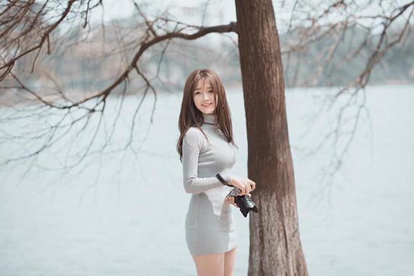 sao-viet-20-3-lilly-nguyen-vua-makeup-vua-ngu-jun-vu-phanh-ao-sexy-page-2