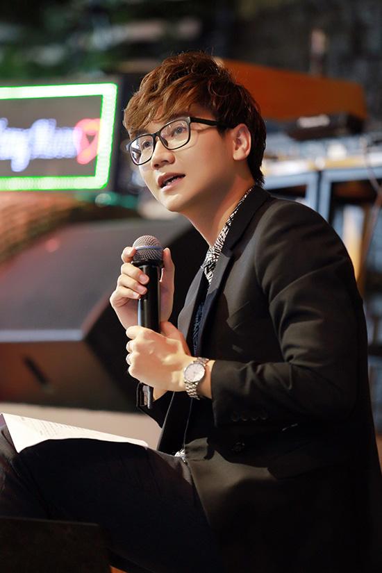 trang-moon-boi-roi-khi-phai-hon-ban-than-hot-boy-12