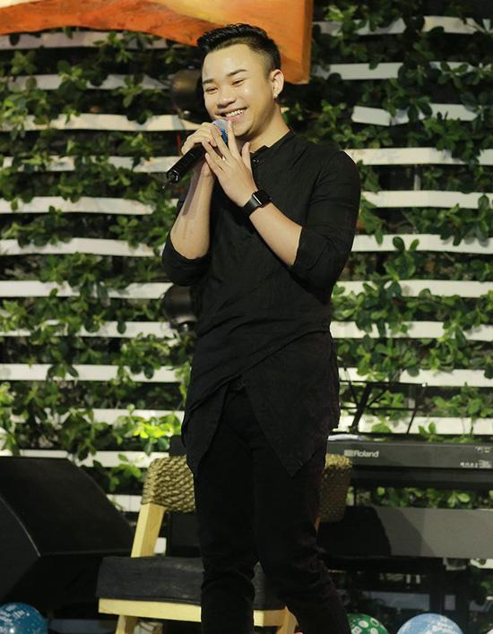 trang-moon-boi-roi-khi-phai-hon-ban-than-hot-boy-9