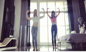 Ngọc Trinh khoe video tập nhảy sexy tại nhà