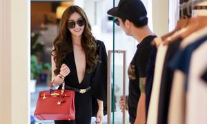 Khánh My diện áo không nội y đi mua sắm với trai đẹp