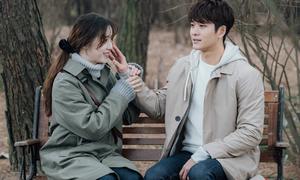 Chia tay Nhã Phương, Kang Tae Oh yêu 'Cỏ' Goo Hye Sun
