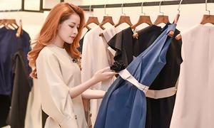 Chi Pu mặc sang chảnh đi chọn quần áo cho Gil Lê