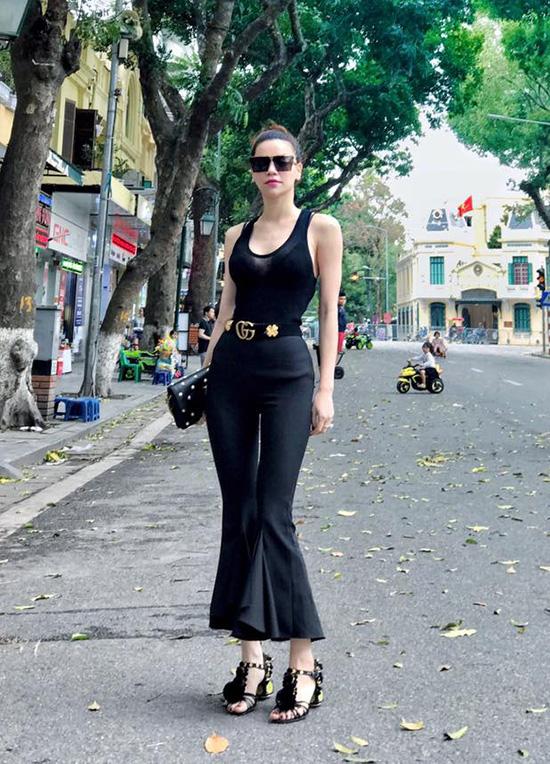 sao-chon-street-style-mat-me-pha-cach-tuan-nang-nong-7