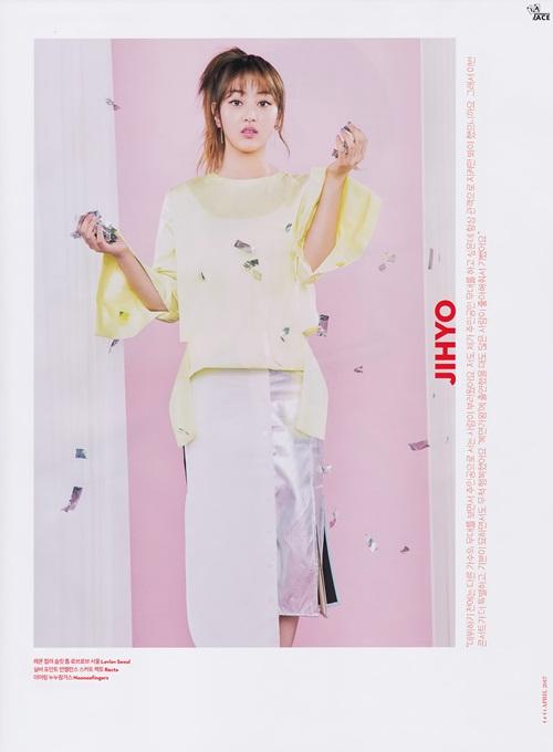 twice-jennie-black-pink-dat-dinh-cao-nhan-sac-tren-tap-chi-thang-4-8