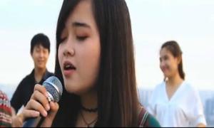 MV 'Sóng' của nhóm bạn trẻ Đại học Y