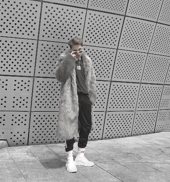 dan-sao-viet-duoc-san-don-khi-chao-san-o-seoul-fashion-week-3