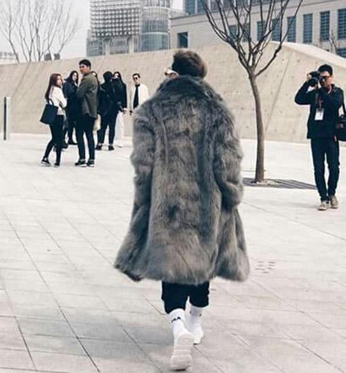 dan-sao-viet-duoc-san-don-khi-chao-san-o-seoul-fashion-week-4