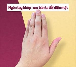 quiz-tinh-cach-ban-hay-gio-tay-theo-kieu-nao-1