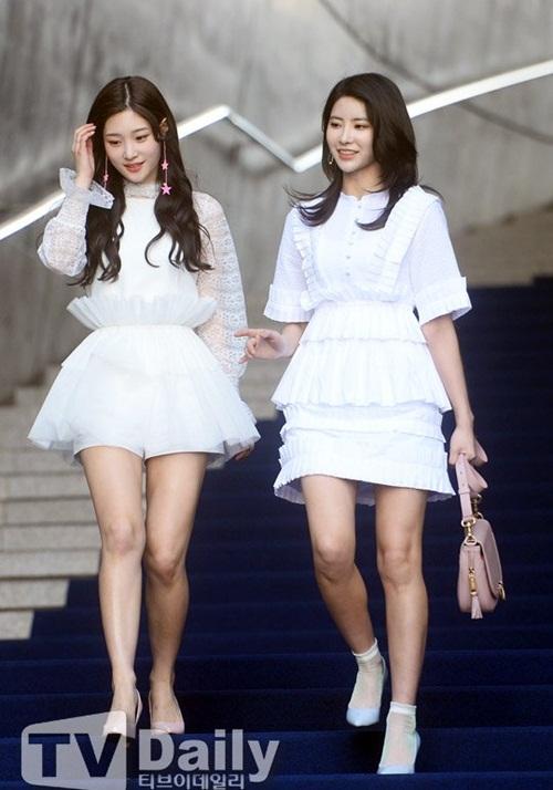 tiffany-chung-minh-dang-cap-chae-yeon-khoe-ve-thien-su-1