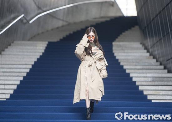 tiffany-chung-minh-dang-cap-chae-yeon-khoe-ve-thien-su-5