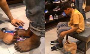 Cậu bé chân đất bán dạo được người lạ mua tặng giày hiệu
