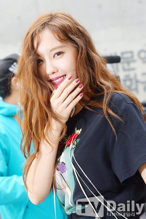 sao-han-make-up-nhu-tay-chon-do-bot-soc-o-seoul-fashion-week-4
