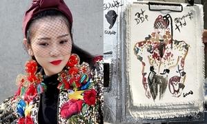 Trang phục của Tam Triều Dâng tại 'Seoul Fashion Week' được họa sĩ quốc tế phác họa