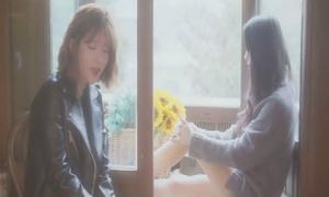 Tân binh Kpop hát hit của EXO, BTS phiên bản acoustic
