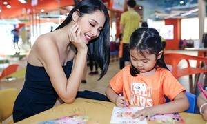 Hoa hậu Hương Giang khoe công chúa xinh yêu
