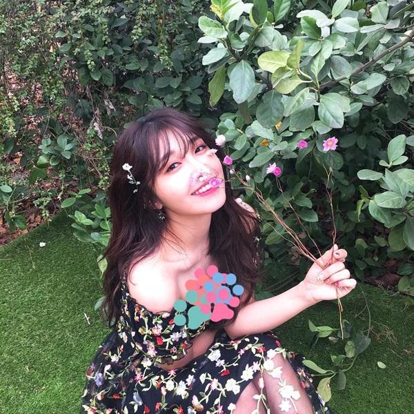 sao-han-10-4-hyo-min-khoe-dang-trong-anh-hau-truong-jennie-ji-soo-do-kute-2