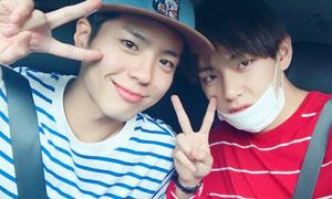 Những buổi 'hẹn hò' lãng mạn của cặp bạn thân V (BTS) - Park Bo Gum