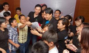 Adam Khoo chia sẻ bí quyết dạy con