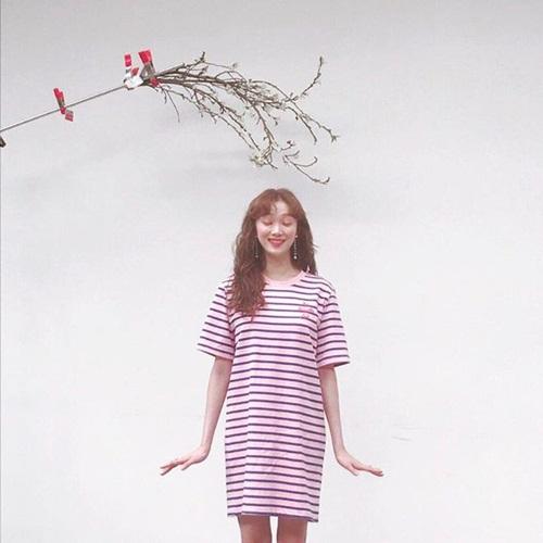 sao-han-20-4-yoon-ah-mac-vay-2-day-quyen-ru-lee-sung-kyung-khoe-ve-xi-tin-1