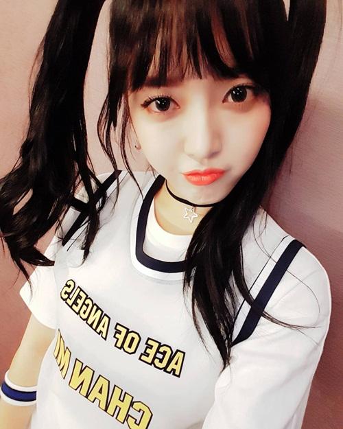 sao-han-21-4-jessica-che-mieng-cuoi-tit-mat-hyo-rin-khoe-body-kho-roi-mat-2