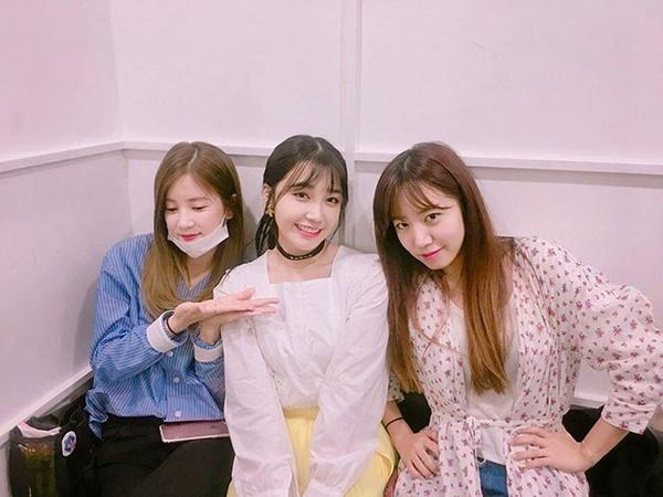 sao-han-22-4-lee-jong-suk-xinh-trai-tu-be-park-shin-hye-mix-do-ruc-ro-7
