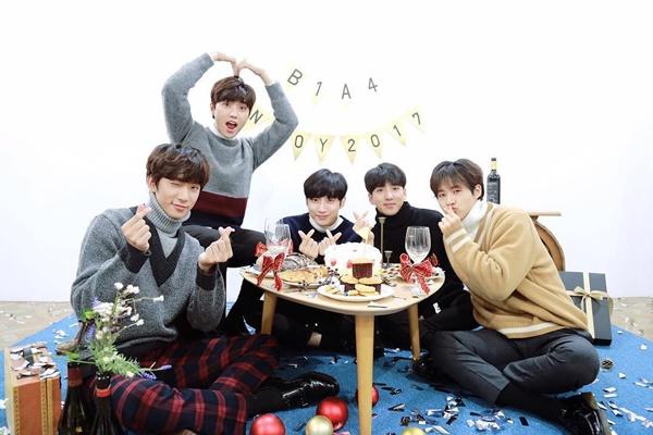 sao-han-23-4-jessica-khoe-anh-voi-krystal-hyung-sik-ji-soo-hen-ho-tam-nang-2-1