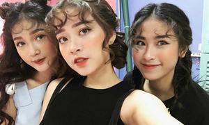 Mô típ makeup 'chục nàng như một' của các mẫu shop online Hà thành