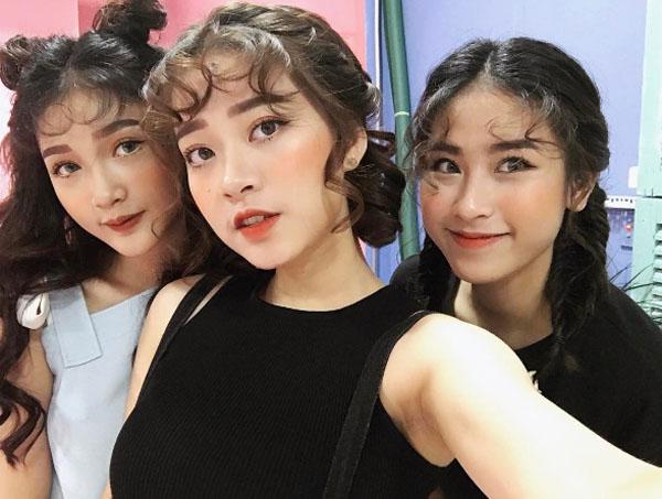 mo-tip-makeup-chuc-nang-nhu-mot-cua-cac-mau-shop-online-ha-thanh