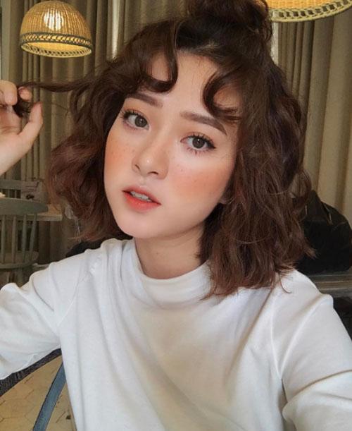 mo-tip-makeup-chuc-nang-nhu-mot-cua-cac-mau-shop-online-ha-thanh-3