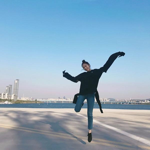 sao-han-24-4-kim-yoo-jung-ho-vai-tran-quyen-ru-na-yeon-khoe-dang-nuot-6