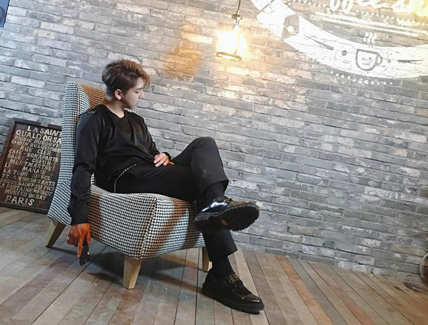 sao-han-25-4-seo-hyun-da-trang-su-joy-chong-nanh-dau-gau-1