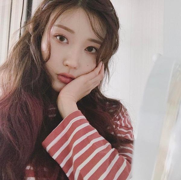 co-gai-han-co-ca-ngan-khuon-mat-nho-tai-makeup-dinh