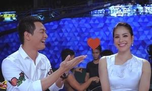 Phan Anh cười tít mắt thả tim với Phạm Hương
