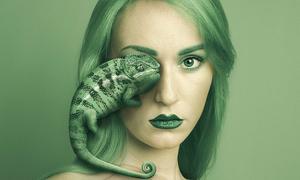 Bộ ảnh ma mị của cô gái nhìn thế giới qua con mắt động vật
