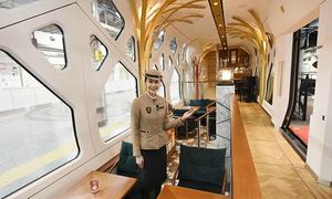 Chuyến tàu sang chảnh nhất nhì thế giới có giá vé gần 230 triệu đồng/lượt