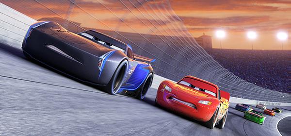 phim-hoat-hinh-cars-3-he-lo-phan-canh-cac-phu-huynh-khong-muon-con-xem
