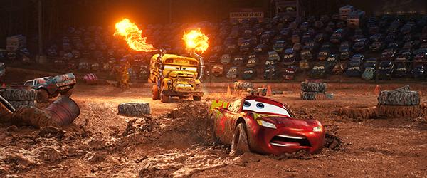 phim-hoat-hinh-cars-3-he-lo-phan-canh-cac-phu-huynh-khong-muon-con-xem-2