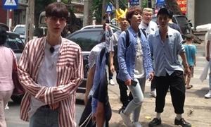 Ahn Jae Hyun, Kyu Hyun, Mino có mặt tại Hà Nội khiến fan 'bấn loạn'