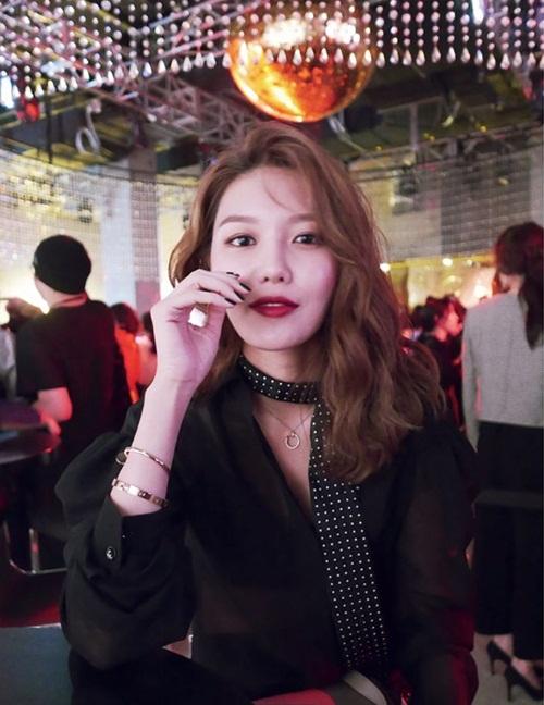 sao-han-12-5-jessica-an-gian-tuoi-nho-style-chat-hyo-min-sexy-bong-mat-6