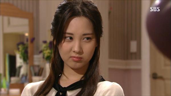 7-my-nhan-kpop-cu-dong-phim-la-khien-khan-gia-tut-hung-6