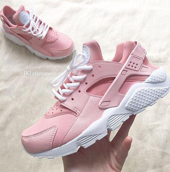 10-doi-sneaker-mau-huong-vua-ca-tinh-vua-xinh-yeu-nhu-keo