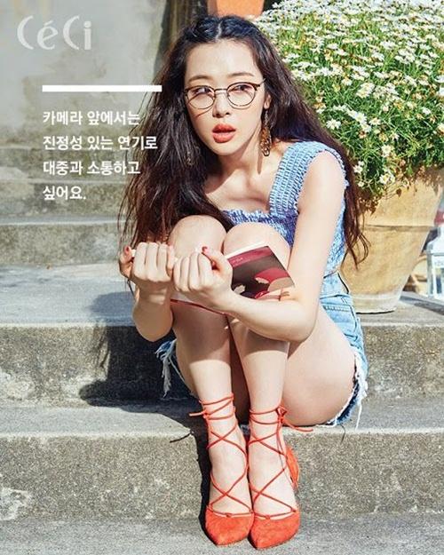 sulli-seol-hyun-cang-noi-nhu-con-sau-nhieu-scandal-nho-xinh-dep-hon-nguoi-6