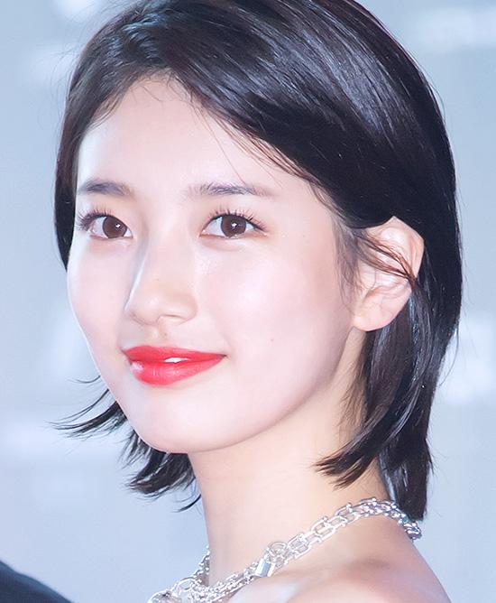 suzy-co-lan-da-trang-hong-cuc-phm-khong-ong-kinh-nao-co-the-dim-2