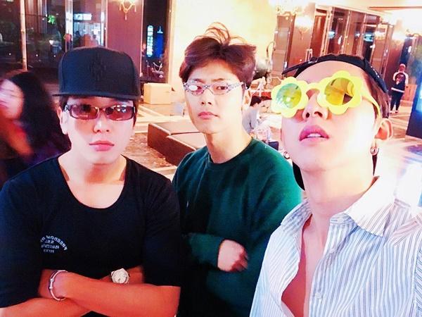 sao-han-21-5-seol-hyun-somi-khoe-chan-thon-tae-yeon-lo-co-bung-san-chac-2-4
