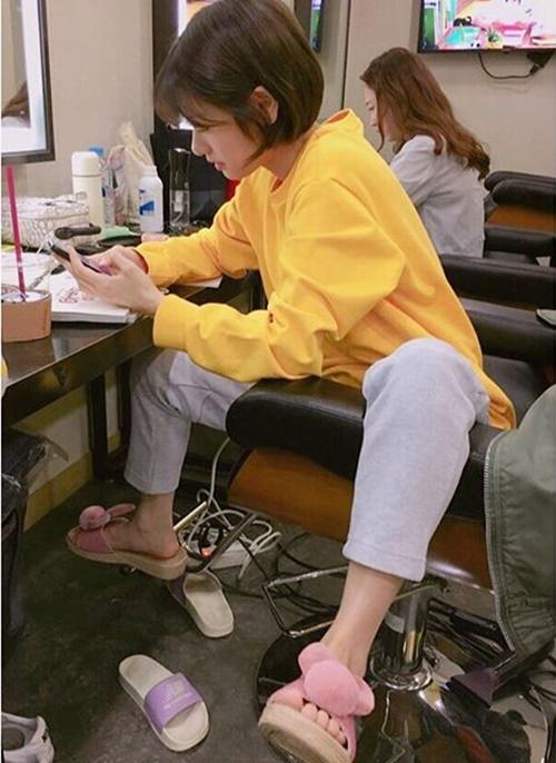 sao-han-21-5-seol-hyun-somi-khoe-chan-thon-tae-yeon-lo-co-bung-san-chac-2-1