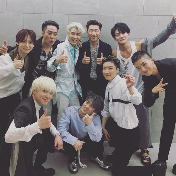 sao-han-21-5-seol-hyun-somi-khoe-chan-thon-tae-yeon-lo-co-bung-san-chac-2-7